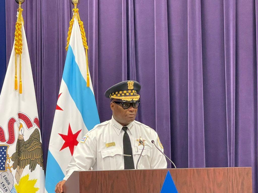 El superintendente de la policía, David Brown, instó a la comunidad a denunciar a los responsables de estos hechos violentos.